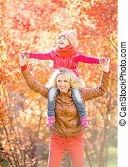 marche, extérieur, parent, automne, heureux, gosse