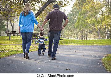 marche, famille, parc, course, ethnique, mélangé, heureux