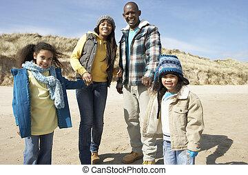 marche famille, sur, hiver, plage