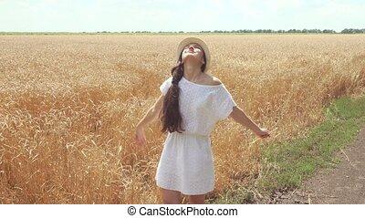 marche, femme, blé, jeune, champ, robe blanche