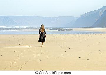 marche, femme, plage, solitaire