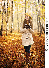 marche femme, saison, parc, sourire, automne