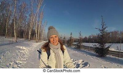 marche, hiver, ensoleillé, parc, day., girl, paysage