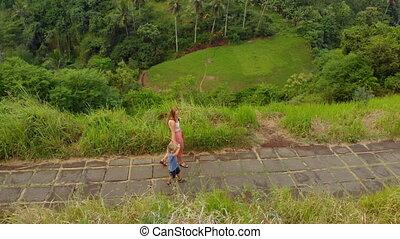 marche, jeune, elle, promenade, ubud, village, -, arête, ...