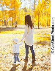 marche, mère, ensoleillé, automne, chaud, enfant, jour