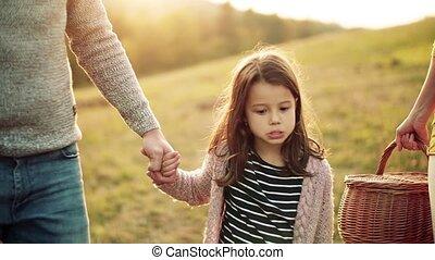 marche, nature., filles, deux, automne, parents, petit, ...