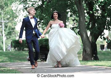 marche, parc, couple, ruelle, heureux
