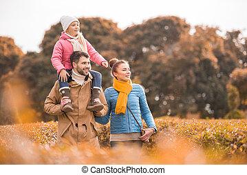 marche, parc, famille, heureux