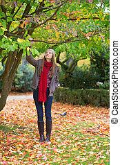 marche, parc, girl, jour, automne