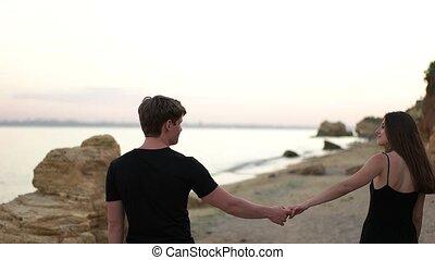 marche, plage, couple, sable