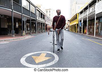 marche, sien, américain, vélo, ville, africaine, à côté de, homme, rue
