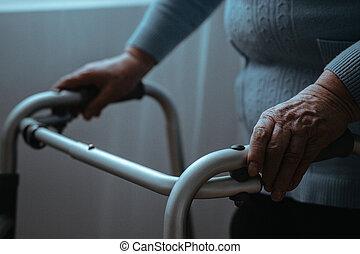 marcheur, personne agee