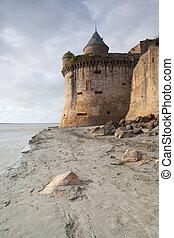 marea baja, en, el, abadía, de, michel de santo del mont, francia
