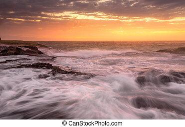 mareas, arriba, vendaval, vientos, azotado, océano