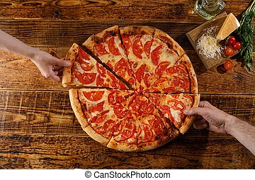 margarita, ingredients., pizza, encore, bois, mains, table., vie