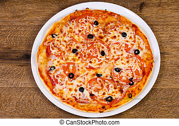 Margarita pizza with olives