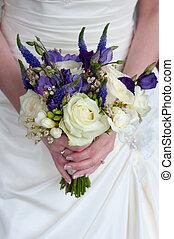 mariée, à, bouquet mariage