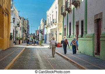 mariachi, en la calle, de, colonial, campeche, ciudad,...