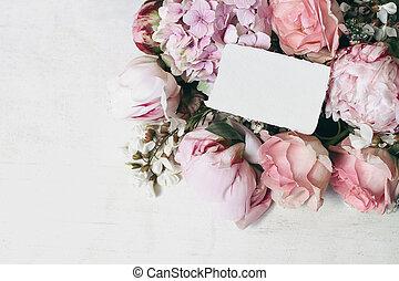 mariage, papeterie, salutation, locuste, invitation., anniversaire, bois, vue., pivoines, floral, vieux, fleurs, sommet, hortensia, carte papier, maquette, rose, coin, décoratif, vide, roses, scene., arrière-plan.