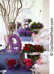 mariage, table banquet, à, décor, et, fleurs