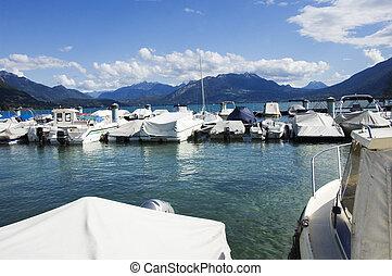 Marina and Annecy lake