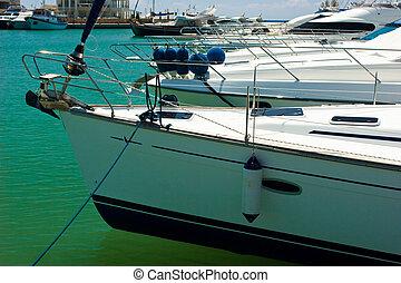 marina, yachts