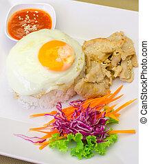 marinato, carne di maiale, cotto ferri, coreano, riso, uovo