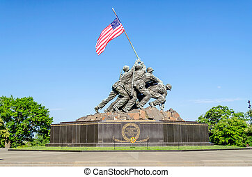 Marine Corps War Memorial (Iwo Jima Memorial) - WASHINGTON...