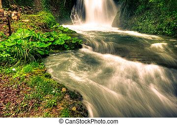 marmore, chutes d'eau