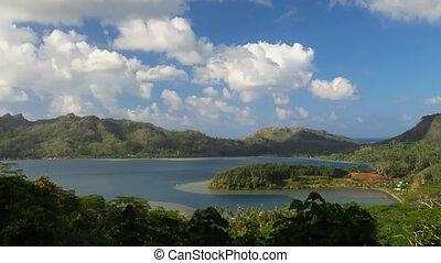 Maroe Bay, Huahine - Time Lapse Maroe Bay, Huahine, French...