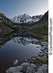 Maroon Bells Colorado - Maroon Bells Peaks Reflection in the...