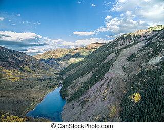 Maroon Bells , Mountain View , Aspen , Colorado