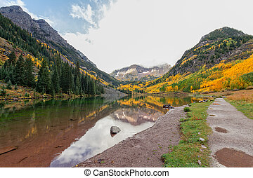 Maroon Bells Reflection - the maroon bells in autumn...