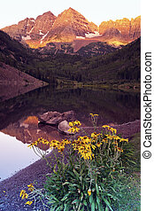 Maroon Bells - sunrise