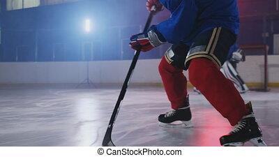 marqué, but, puck., attaques, lutin, mais, hockey., joueur, battements, hockey, professionnel, portail, goal, coups
