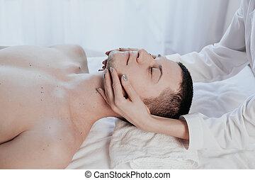 marques, mâle, masseuse, masage, thérapeutique, spa