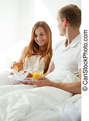 Marriage with breakfast in bed