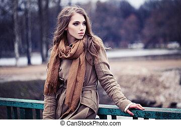 marrom, mulher, ao ar livre, jovem, agasalho