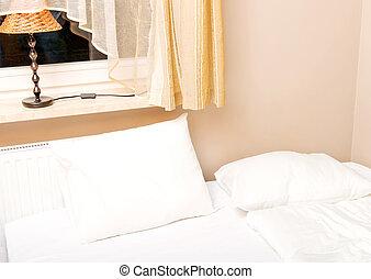 marrone, copriletto, bianco, letto, lenzuola
