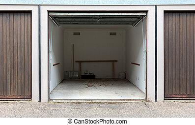 marrone, vecchio, porta, garage