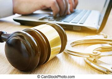 marteau, handcuffs., avocat, concept., légal