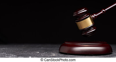 marteau, juge, tribunal, noir, justice, symbole, arrière-plan.