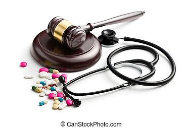 marteau, stéthoscope, juge, pilules