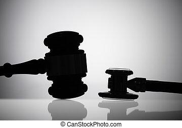 marteau, stéthoscope, silhouette