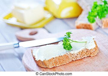 masło, bread