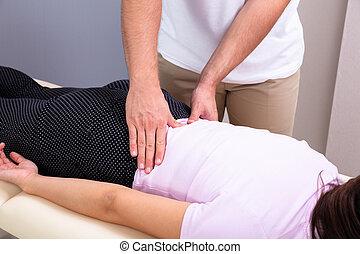 masage, clinique, female's, kinésithérapeute, dos