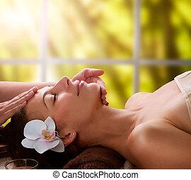 masaje facial, balneario