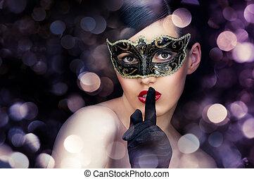 maschera mascherata