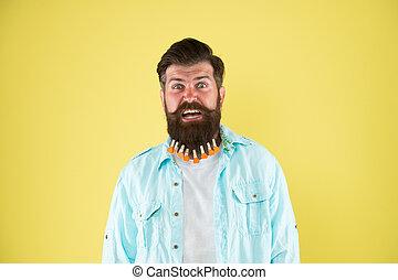 maschio, hearts., beard., uomo, stile, casuale, hairdresser., giallo, individuale, valentines, day., acconciatura, barbuto, essiccamento, hipster, fondo., molletta, capelli, brutale