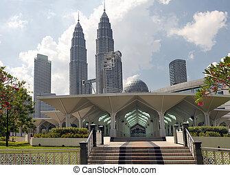 Masjid Asy-Syakirin Muslim Mosque in Kuala Lumpur City ...